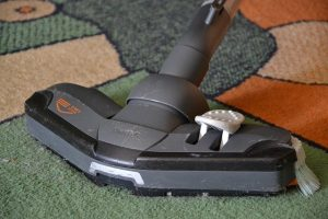 Carpet Cleaning Tips For The Lazy Housekeeper