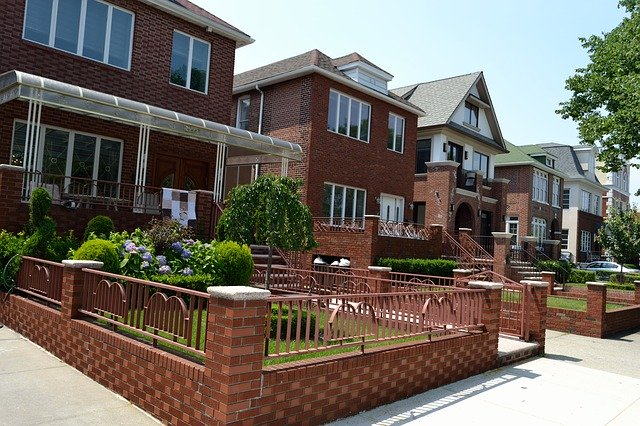 Read more about the article Properly Invest In Real Estate With Some Advice