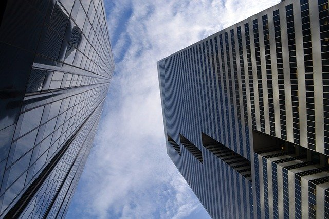 You are currently viewing Making More Money: Real Estate Investment Tips And Tricks
