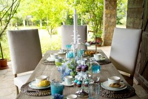 Read more about the article How To Decorate Your House Like A Pro